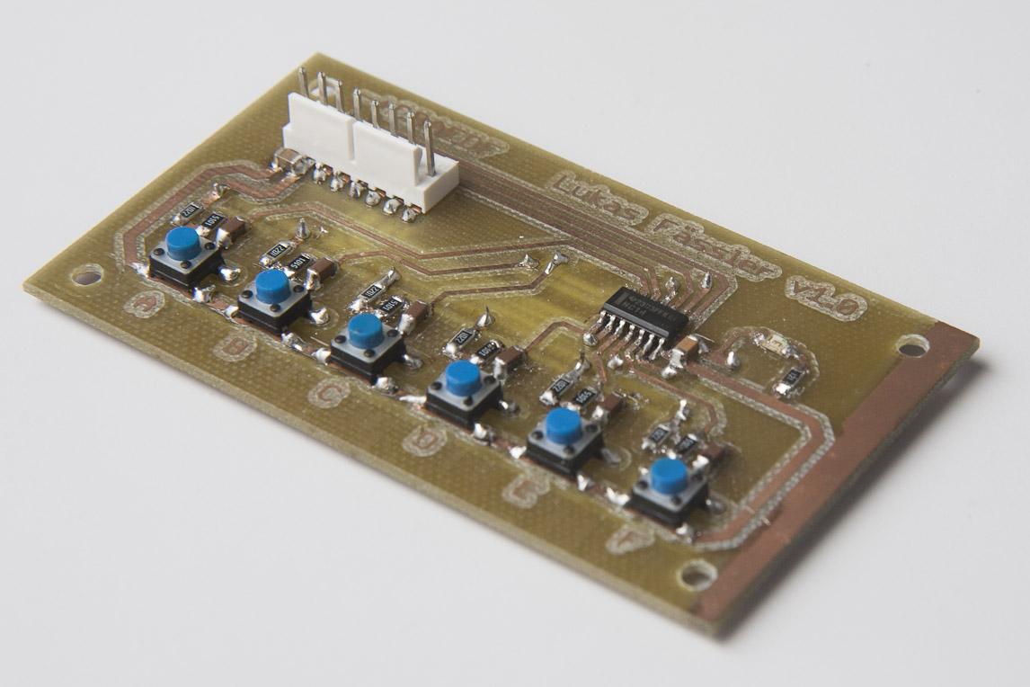 Switch debouncing using 74HC14 | soldernerd